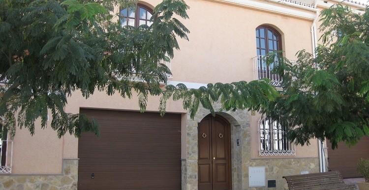 1.-fachada principal casa A