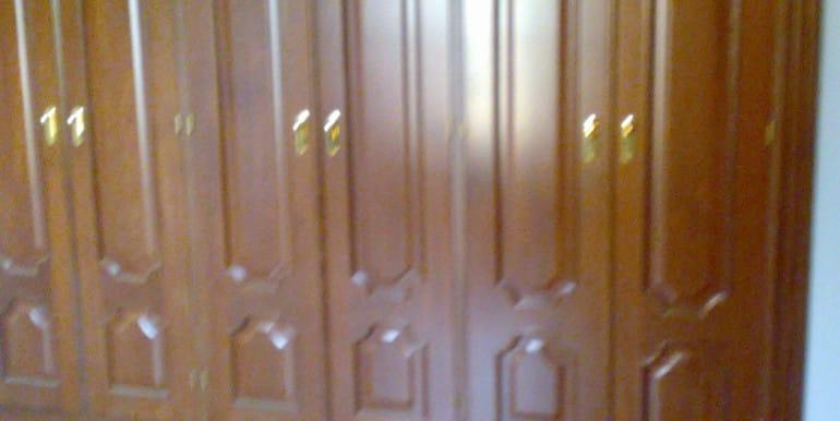 armario con 6 puertas